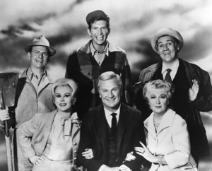 """Green Acres""E. Gabor, E. Albert, A, Moore, T. Lester, P. Buttram1968 CBSPhoto by Gabi Rona - Image 9271_0001b"