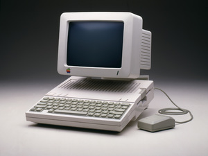 Apple Computer (Macintosh)circa 1984 © 1984 Ron Avery - Image 9277_0170