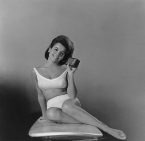 """""""Beach Party""""Publicity shot of Annette Funicello1963 AIP © 1978 Sid Avery - Image 9281_0006"""