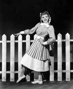 """""""Meet Me In St. Louis""""Judy Garland1944 MGM / **I.V. - Image 9287_0006"""