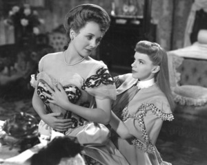 """""""Meet Me in St. Louis""""Mary Astor, Judy Garland1944 MGM**I.V. - Image 9287_0016"""