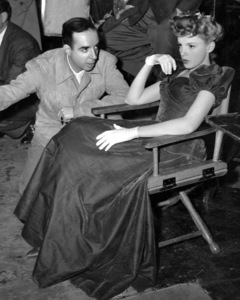"""Meet Me in St. Louis""Vincente Minnelli, Judy Garland1944 MGM**I.V. - Image 9287_0020"