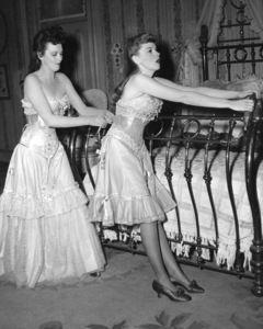 """""""Meet Me in St. Louis""""Lucille Bremmer, Judy Garland1944 MGM**I.V. - Image 9287_0021"""