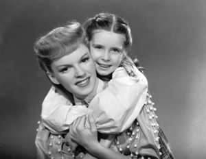 """Meet Me in St. Louis""Judy Garland, Margaret O"