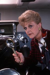 """Murder She Wrote""Angela LansburyC. 1985 © 1985 Gene TrindlMPTV - Image 9294_0025"