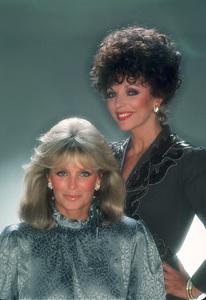 """Dynasty""Linda Evans & Joan Collions1982 © 1982 Mario Casilli - Image 9295_0033"