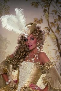 """Dynasty""Joan Collins © 1985 Mario Casilli - Image 9295_0119"