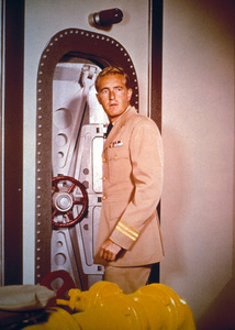""""""" Voyage to the Bottom of the Sea""""Robert Dowdellc. 1964 © Irwin Allen Properties, LLC and Twentieth Century Fox Film Corporation. All rights reserved - Image 9298_0061"""