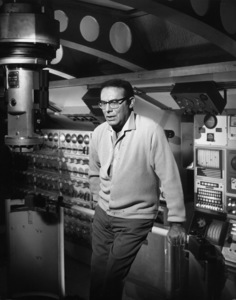 """"""" Voyage to the Bottom of the Sea""""Director Irwin Allenc. 1964 © Irwin Allen Properties, LLC and Twentieth Century Fox Film Corporation. All rights reserved - Image 9298_0078"""