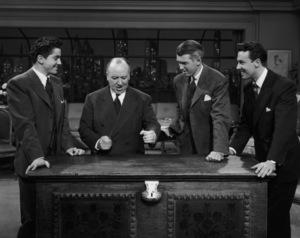 """""""Rope""""Farley Granger, Alfred Hitchcock, James Stewart, John Dall1948 Warner Brothers** I.V. - Image 9338_0020"""