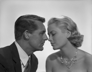 """Cary Grant and Grace Kelly in a portrait sitting used for the poster art of """"To Catch a Thief""""1955** I.V. - Image 9339_0113"""