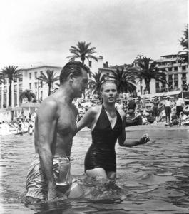 Cary Grant, Grace KellyTo Catch A Thief (1955)0048728**I.V. - Image 9339_0120