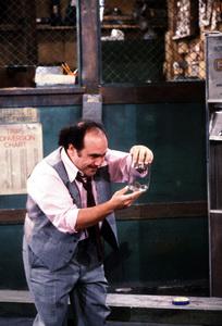 """""""Taxi""""Danny DeVito1981 ABC © 1981 David SuttonMPTV - Image 9360_0016"""