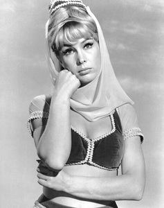 """I Dream of Jeannie""Barbara Eden1965**I.V. - Image 9375_0095"