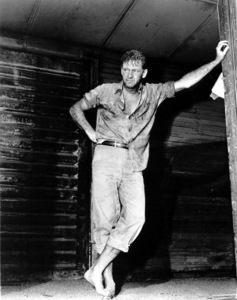 """Bridge on the River Kwai, The""William Holden on the set.1957 Columbia / **I.V. - Image 9427_0005"