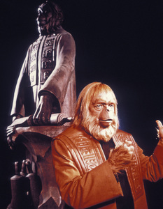 """""""Planet of the Apes""""Maurice Evans1968 20th Century Fox - Image 9436_0008"""