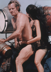 """Planet Of The Apes""Charlton Heston, Linda Harrison © 1968 20th Century Fox - Image 9436_0022"