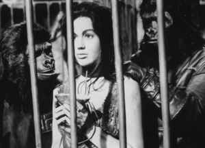 """Planet Of The Apes""Linda Harrison © 1968 20th Century Fox - Image 9436_0041"
