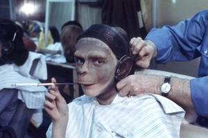 """""""Planet Of The Apes""""Behind the scenes1968 20th Century Fox**I.V. - Image 9436_0055"""