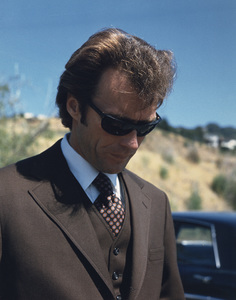 """Dirty Harry""Clint Eastwood1971 Warner Brothers** I.V. - Image 9444_0012"