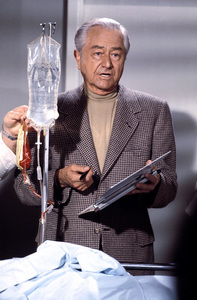 """Marcus Welby, M.D.""Robert Young1976** H.L. - Image 9446_0017"