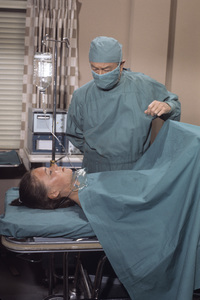 """""""Marcus Welby, M.D.""""Robert Youngcirca 1969** H.L. - Image 9446_0029"""