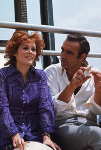 """Diamonds Are Forever,""Jill St. John, Sean Connery1971 UA / MPTv © 1978 Gunther - Image 9450_0020"