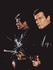 """""""The Man With The Golden Gun,""""Roger Moore1974 UA/MPTV - Image 9453_0002"""