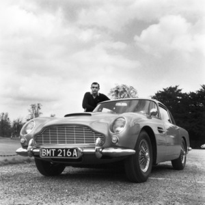 """""""Goldfinger"""" Sean Connery and his Aston Martin DB 51964** I.V. - Image 9455_0014"""