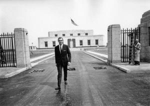 """Goldfinger"" Sean Connery 1964 United Artists ** I.V. - Image 9455_0032"