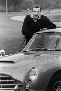 """Goldfinger"" Sean Connery with his Aston Martin DB 5 1964 ** I.V. - Image 9455_0046"