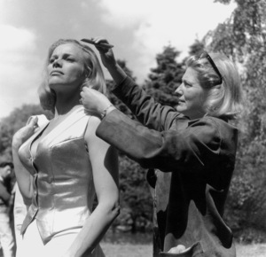 """Goldfinger"" Honor Blackman1964 UA **I.V. - Image 9455_0054"