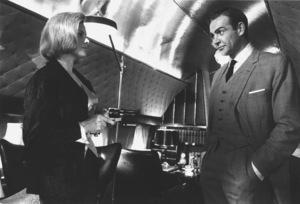 """Goldfinger"" Honor Blackman, Sean Connery1964 UA **I.V. - Image 9455_0062"