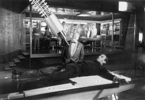 """Goldfinger"" Gert Frobe, Sean Connery1964 UA **I.V. - Image 9455_0072"