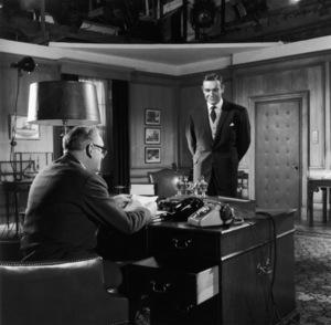 """""""Goldfinger""""Bernard Lee, Sean Connery1964 United Artists** I.V. - Image 9455_0077"""