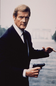 """A View To A Kill, "" Roger Moore1985 UA / MPTV - Image 9456_0003"