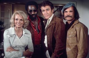 """Police Woman"" Angie Dickinson, Ed Bernard, Earl Holliman, Charles Dierkop1976** H.L. - Image 9485_0019"