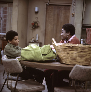 """Good Times"" Ralph Carter, Esther Rolle1974 ** H.L. - Image 9495_0007"