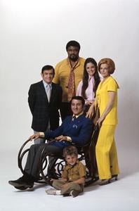 """Make Room for Granddaddy""Sid Melton, Roosevelt Grier, Angela Cartwright, Marjorie Lord, Danny Thomas, Michael Hughes1970© 1978 Gene Trindl - Image 9502_0012"