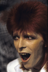 David Bowiecirca 1972** H.L. - Image 9505_0012