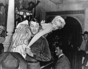 """River Of No Return""Robert Mitchum, Marilyn Monroe1954 / 20th Century Fox**R.C. - Image 9550_0005"