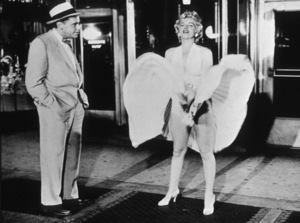 """""""The Seven Year Itch""""Tom Ewell and Marilyn Monroe © 1955 20th Century Fox / MPTV  - Image 9554_0002"""