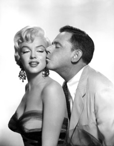 """""""Seven Year Itch, The""""Marilyn Monroe, Tom Ewell1955 / 20th Century FoxPhoto by Frank Powolny/**R.C. - Image 9554_0006"""