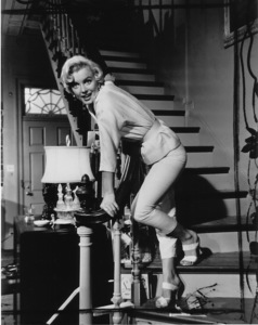 """Seven Year Itch, The""Marilyn Monroe1955 / 20th Century Fox**R.C. - Image 9554_0007"
