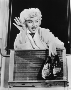 """""""Seven Year Itch, The""""Marilyn Monroe1955 / 20th Century Fox**R.C. - Image 9554_0023"""