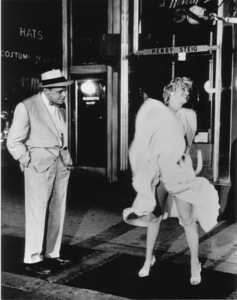 """Seven Year Itch, The""Tom Ewell, Marilyn Monroe1955 / 20th Century Fox**R.C. - Image 9554_0025"