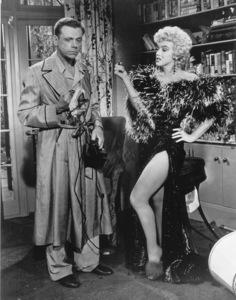 """Seven Year Itch, The""Tom Ewell, Marilyn Monroe1955 / 20th Century Fox**R.C. - Image 9554_0026"