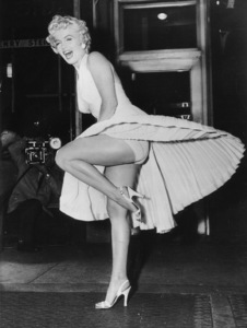 """""""Seven Year Itch, The""""Marilyn Monroe during filming 1954 - Image 9554_0039"""
