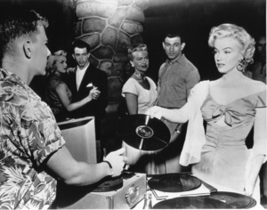 """Niagara""Marilyn Monroe1953 / 20th Century Fox**R.C. - Image 9558_0014"