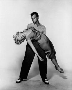 """Niagara""Marilyn Monroe, Joseph Cotten1953 20th Century Fox** I.V. - Image 9558_0024"